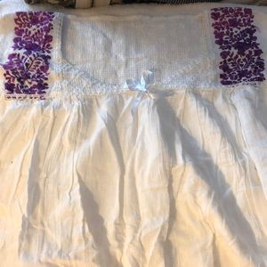 Tops - 💕5@$20 WOMEN WHITE (LTUNIC W/PURPLE FLOWER DESIGN